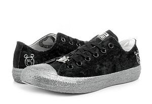 Converse Női Chuck Taylor All Star Miley Cyrus. 21990 Ft 84b8a1a24f